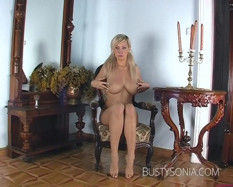 BustySonia_video